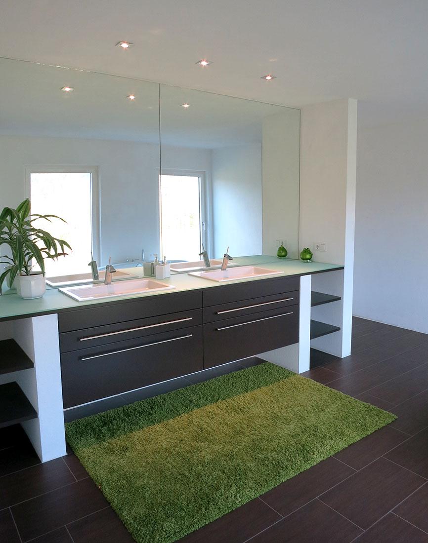 Waschtisch Anlage mit individueller Gestaltung
